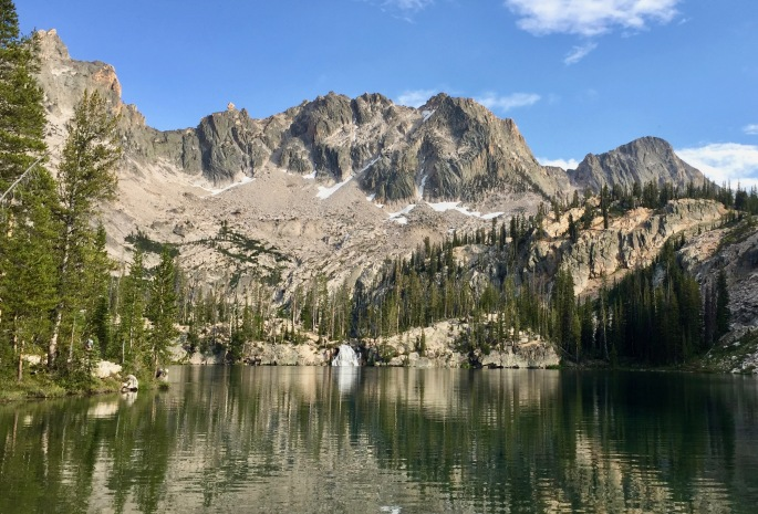 Middle Cramer Lake is a pretty mountain lake with a surprise.