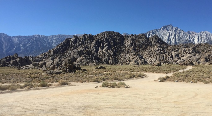 It's easy to wander the Alabama Hills area on the dirt roads.