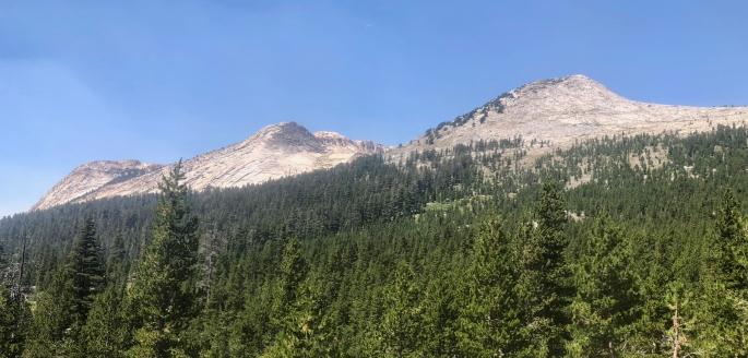Classic high Sierra peaks