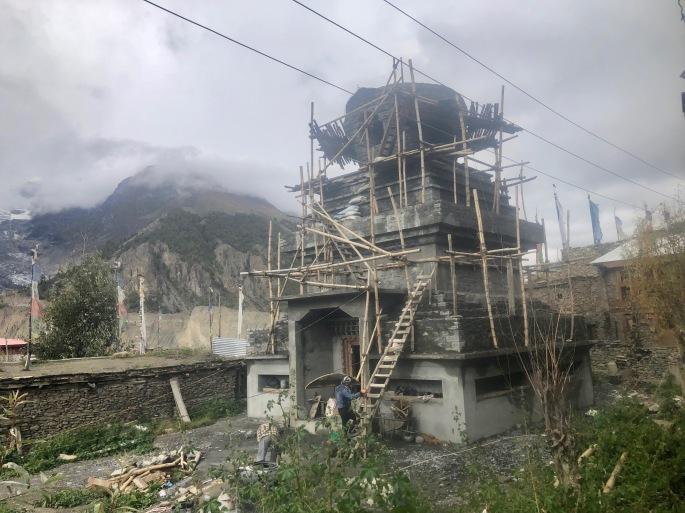 Constructing a stupa