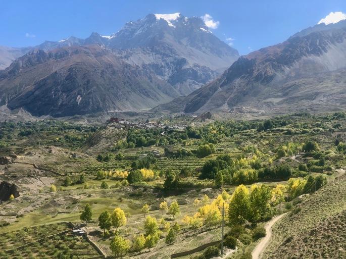 Adieu to the arid land with green breakouts!  The Kali Gandaki beckons.