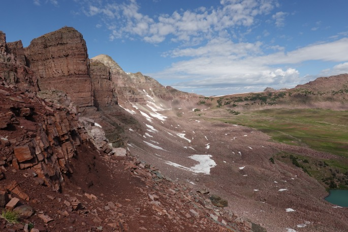 Rugged, red-brown mountains at Dead Horse Pass